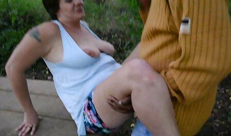 Lotus y videos porno sub en español Ashlynn se divierten con un fetiche de pies en el sofá