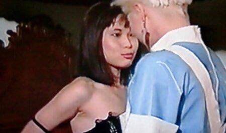 Modelo azotada y castigada durante la sesión de anime sub español porno fotos