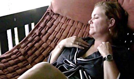 VIP porno en español sub SEX VAULT - Hot Babe recibe un viaje loco del conductor