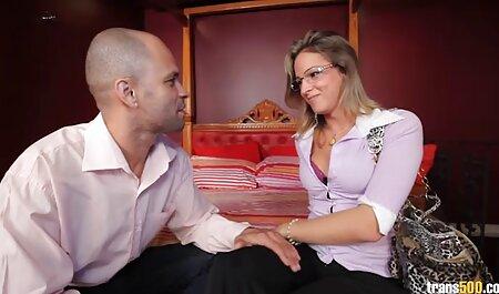 Esposa le pide permiso al marido videos de sexo subtitulados para follar con otro