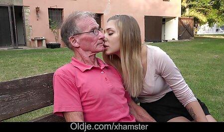 NYMPHO Tiny ébano cutie porno sub español Alexis Tae follada y creampied