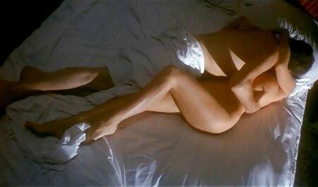 Lesbianas cachondas en tacones peliculas porno online sub español se dan placer unas a otras