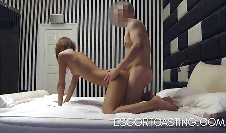 La rubia Bombshell videos porno subtitulado en español Barbie Sins le gusta más el anal con los estadounidenses