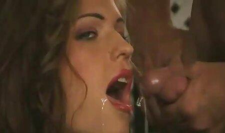 MILF rubia follada por el ver porno sub culo