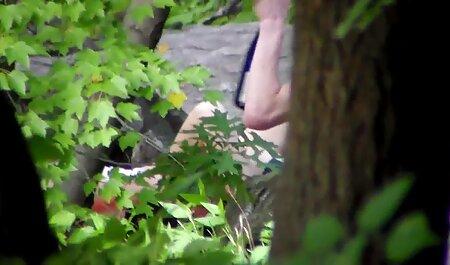 Grupo de porno anime sub español nena joven come coño lésbico después de una inmersión delgada