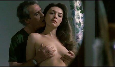 Elegante nena europea follada analmente hentay porno subtitulado en un trío caliente