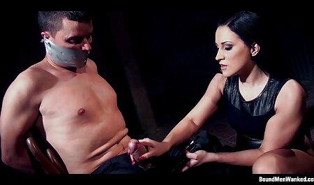 Apenas una teta, pero muy sensua videos hentai sub español